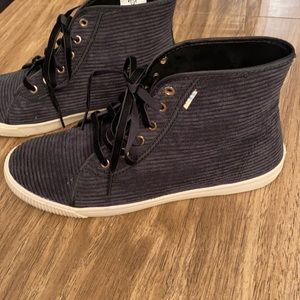 Toms Black Lace Up High Top Sneakers